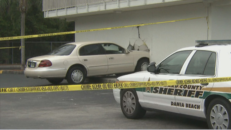 Car crashes into Motel 6, 1 dead | READ WHAT I READ | Scoop.it