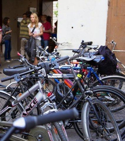 Retour au vélo : « Comment transformer ce qui est vécu comme une contrainte en quelque chose d'émancipateur » | Degrowth - Décroissance | Scoop.it