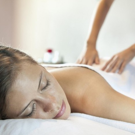 Le massage californien, le soin relaxant par excellence - Elle | FORMATION MASSAGE | Scoop.it