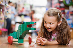 Empowerment Through Play: Getting Girls Into STEM   Taccle2 - The Comenius project   Scoop.it