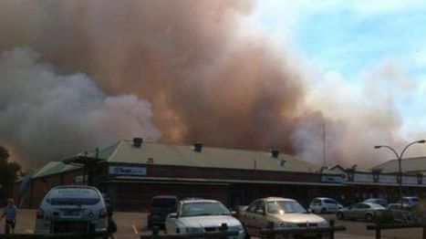 #Wildfires threaten suburbs of #Sydney #Australia #climate | Messenger for mother Earth | Scoop.it