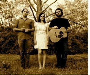 Bluegrass Sibling Trio The Carmonas Headed for Raleigh - Cybergrass Bluegrass Music News | Acoustic Guitars and Bluegrass | Scoop.it