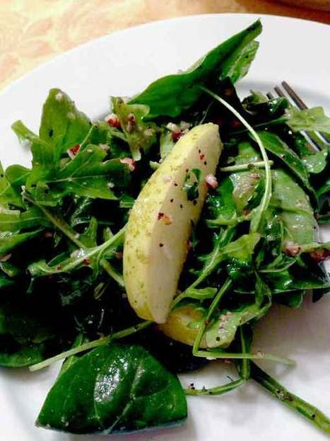 Pear and Poppy Seed Winter Mix Salad - Crunchy Living | | Obey The Raw | Scoop.it