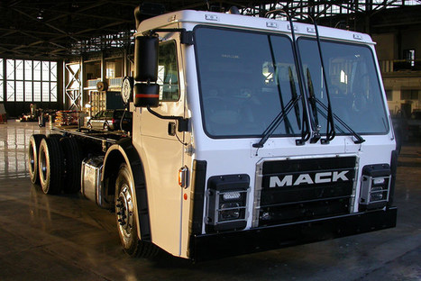Tesla Co-founder's Electric Garbage Truck Recharges by Braking | Societal Resilience, Foodproduction, Mobility, Living, Logistics, Infrastructure | Scoop.it