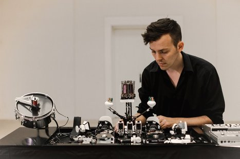 Sonic Robots by Moritz Simon Geist | Automated Music Robots, Elektro Mechanical instruments & Sound Installation | arslog | Scoop.it
