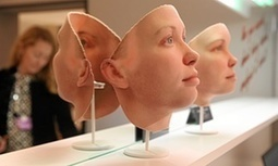 Life-sized models of Chelsea Manning's face 3D-printed with DNA information | metrobodilypassages | Scoop.it