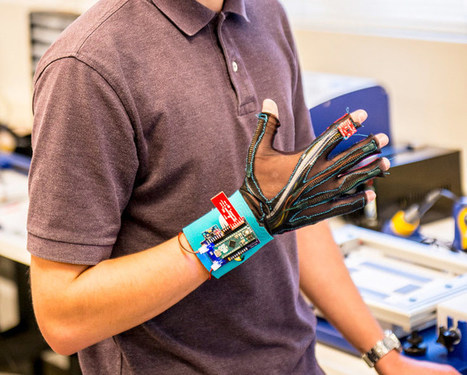 Des gants qui traduisent la langue des signes en paroles | Les Mots et les Langues | Scoop.it