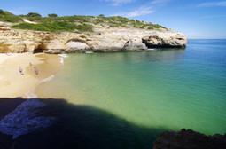 Carvalho beach - Praia do Carvalho | Images Traveling | Scoop.it