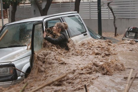 Torrential Rains Flood Athens and Strand Motorists | Current Events in Greece | Scoop.it