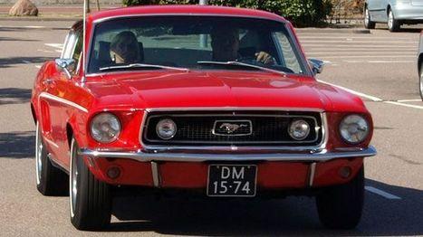 Een halve eeuw karren in een Ford Mustang   kap-BoetsA   Scoop.it