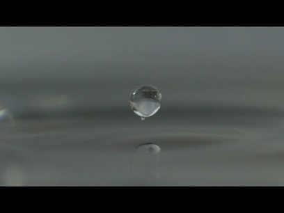 Surface Tension Drops In Slo-Mo: a Ballet More Graceful Than Swan Lake | Content on content | Scoop.it
