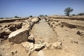 Archaeologists make last ditch attempt to rescue remains of pre-historic tombs in RAK  - The National | Archaeology News | Scoop.it