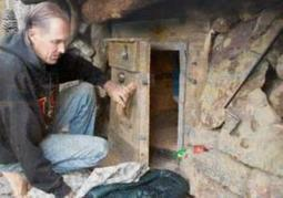 Oregon 'hobbit hole' dweller lives the simple life on $5,000 a year | Prepper Supplies | Scoop.it