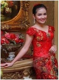 Kebaya Pengantin Jakarta | Desainer dan Penjahit Kebaya Tradisional Modern: Kebaya Modern Lengan Pendek | Kebaya Pengantin Jakarta | Scoop.it