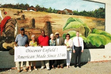 New Mural in Enfield Supports Agriculture | Commonwealth Progress | North Carolina Agriculture | Scoop.it