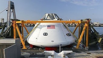 NASA, Navy testing recovery of Orion capsule by the USS Arlington (photos) | Astronomy News | Scoop.it