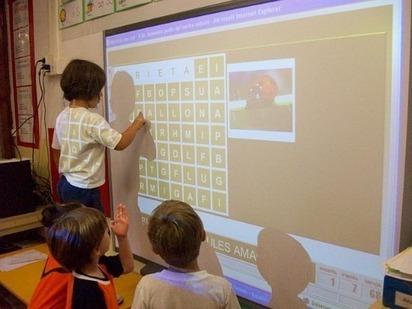 Investigación AULA 2.0: las tecnologías en el aula mejoran el aprendizaje pero requieren un nuevo sistema de evaluación UAB Barcelona | Experiencias y buenas prácticas educativas | Scoop.it