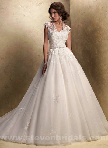 Only Price - $328.00 wedding gown - Style Maggie Sottero Windsor Lace And Tulle Crystal Scoop Ball Gown For sale | Maggie-Sottero 2013 | Scoop.it