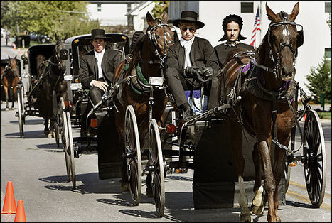 textually.org: Amish teenagers log into Facebook via cellphones   Amish Research   Scoop.it