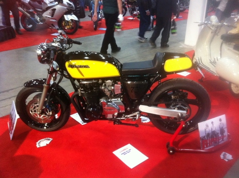 climbersdiary: One sick café racer bike at the...   '77 CB400 Four   Scoop.it