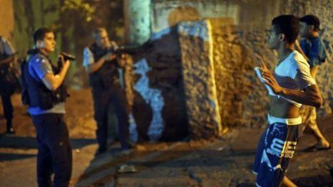 Brésil : émeutes violentes à Copacabana   Amérique Latine : entre croissance et territoires en marge, une zone au développement inégal.   Scoop.it