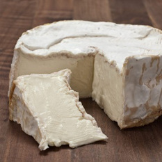 Sur un plateau : Le Brillat-Savarin | Brazilian cheeses | Scoop.it