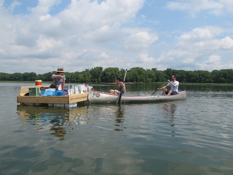The Floating Library reaches readers in the middle of the lake (pictures) | LibraryLinks LiensBiblio | Scoop.it