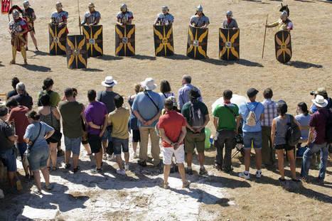 El foro de Bílbilis se llenó con las recreaciones históricas, que hicieron resurgir este yacimiento. | LVDVS CHIRONIS 3.0 | Scoop.it