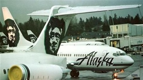 Alaska Airlines flight 448 makes emergency landing after worker is trapped in cargo hold   AIR CHARTER CARGO AND FREIGHT   Scoop.it