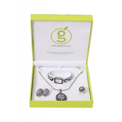 Online Gifting India, Gift Sets for Girls, Men, Women - Goguava.com | Guava Fashion Store | Scoop.it