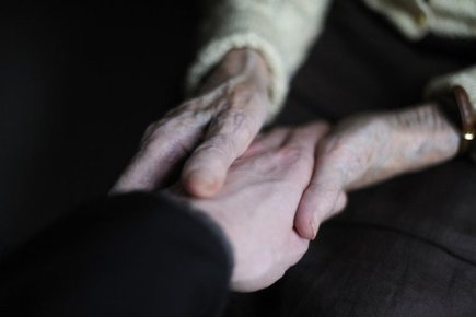 Belgium looks at euthanasia for minors, Alzheimer's sufferers | Xposed | Scoop.it