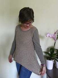 Rosa's Sleeveless Cardi -Jumper pattern by Emma Fassio | Knitting for everyday comfort and delight | Scoop.it