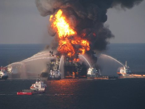Scientists have found a 10 million gallon 'bath mat' of oil on the floor of the Gulf of Mexico | Our Oceans | Scoop.it