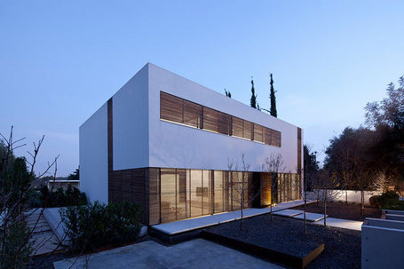 Connected to the Outdoors: A Modern House with a Modular Folding Wall | Top CAD Experts updates | Scoop.it
