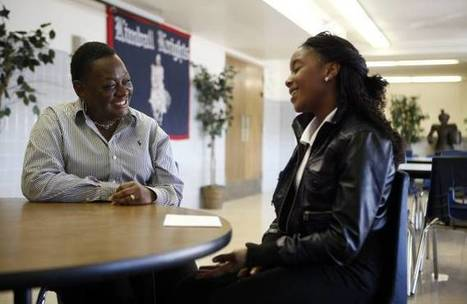 E-mentoring links professionals with Dallas-Fort Worth high schoolers | Dallas Morning News | :: The 4th Era :: | Scoop.it