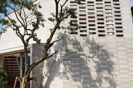Parois en blocs de Shirazu pour maison contemporaine urbaine au Japon | Construire Tendance | Dans l'actu | Doc' ESTP | Scoop.it