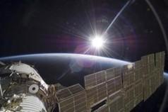 UFO Sighting: NASA's Spacewalk Video Captures UFO 'Monitoring' International ... - International Business Times AU   Electronics news   Scoop.it