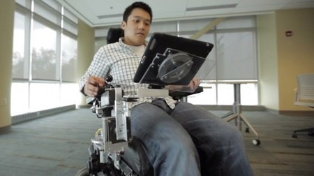 RoboDesk motorized wheelchair tray puts mobile devices front and center | AAC & Language | Scoop.it