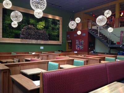 Applebee's Builds Green LEED Gold Certified Restaurant in Manhattan, Complete With Living Wall | Vertical Farm - Food Factory | Scoop.it