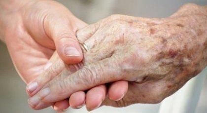 بعد أن تخلت عنهم عوائلهم دور رعاية المسنين مأوى لمن انقطعت بهم سبل الحياة - Akhbaar.org الأخبار | 1 اصداء حملة رعاية المسنين بدون مأوى في الصحف اللإلكترونية | Scoop.it