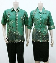 Batik Sarimbit Modern | Batik Sarimbit | Batik Couple | Model Baju Batik Terbaru | BlackFish | Scoop.it