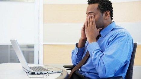 Mal di testa e vista offuscata: è la sindrome da pc. A rischio 70milioni di persone | Italica | Scoop.it