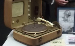 Elvis Presley's record player sells for £4400 at auction - NME.com | Elvis Presley | Scoop.it