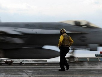 """US Navy's """"Green Strike Force"""" Contracts For More Biofuel 