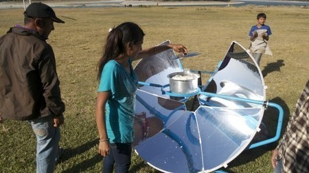 SolSource uses the heat of the sun to cook your food | GADGET | Scoop.it