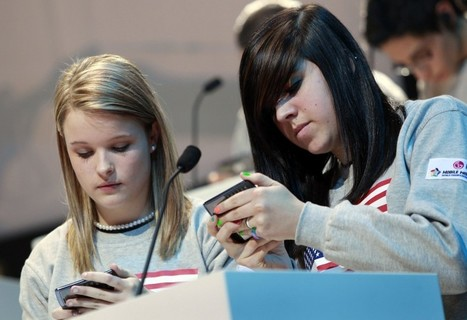 59 percent of U.S. parents say their teens are addicted to mobile phones | Unplug | Scoop.it