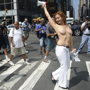 Topless Women in Public Not Breaking the Law, Says NYPD | Semiotic Adventures with Genetic Algorithms | Scoop.it
