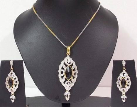 Black Stone Stud Silver Golden Color Pendent Set - Craftsia - Indian Handmade Products & Gifts | Indian Handmade Jewelry | Scoop.it