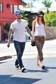Adam Levine Engaged To Behati Prinsloo - TV Balla   Daily News About Sexy Balla   Scoop.it