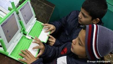 Battle for literacy goes digital | Education and the Role of the Media | Scoop.it